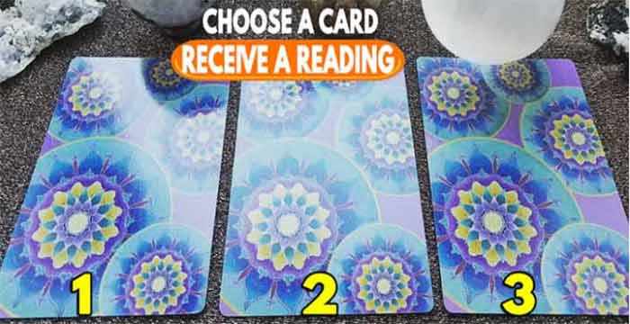 Receive a psychic reading with this marseille tarot spread